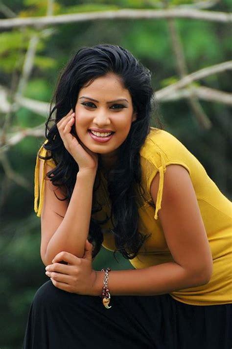 rithu akarsha sri lankan actress  models