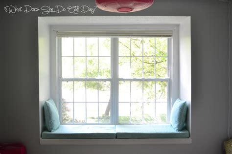 what is a window a window seat what does she do all day
