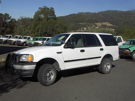 Expedition E6728 Black White ford expedition government auctions governmentauctions org r