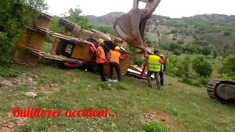 dozer accident bulldozer accident youtube