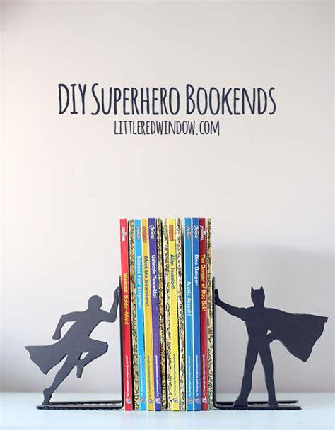 Diy superhero bookends bigdiyideas com