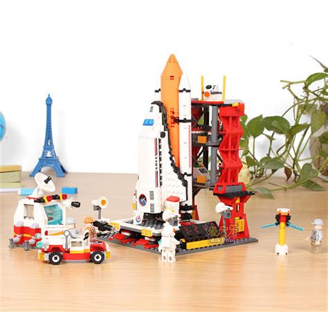 Lego Space Wars Sy310 gudi 8815 679pcs wars space war the shuttle launch center model building block bricks toys
