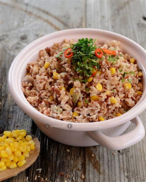 variasi nasi ayam  ikan bertumis   tu beras