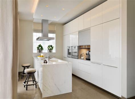 clean polyurethane island dosseret et plan de travail marbre pour la cuisine 80 id 233 es