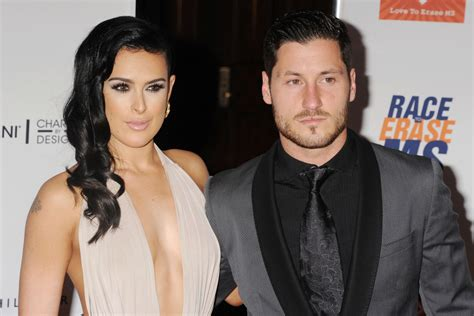 Bruce Wont Stop Lovin Demi by Rumer Willis Removes Dwts After Val