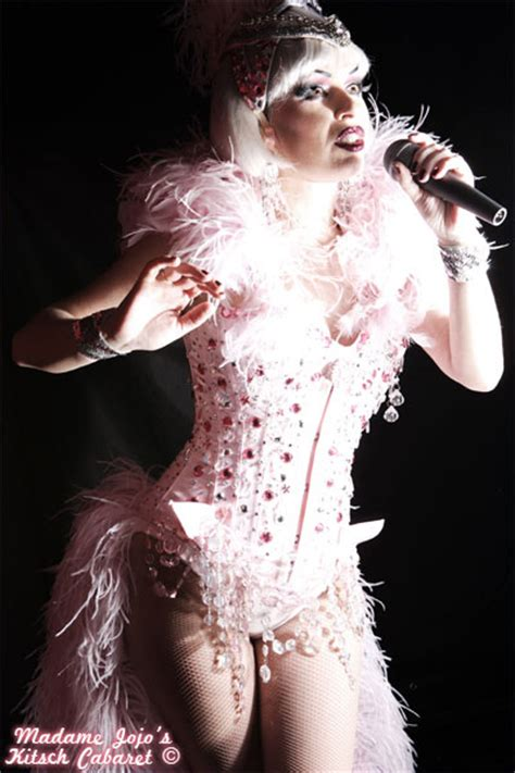 madame jojos kitsch kiki cabaret spectacular soho london burlesque reviews designmynight