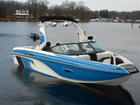 centurion ri217 ski and wakeboard boat boats for sale - Centurion Surf Boats For Sale