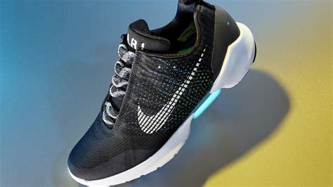 nike hyperadapt self lacing shoes are here