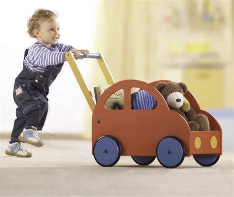 buitenspeelgoed vanaf 1 jaar de vlinder houten speelgoed dreumes 1 2 jaar