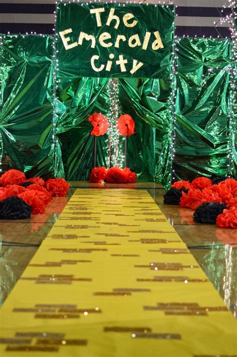 wizard of oz decoration ideas 25 best ideas about wizard of oz on dorothy