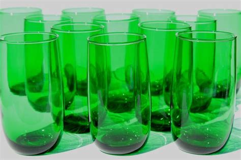 set   vintage forest green glass roly poly tumblers  retro drinking glasses
