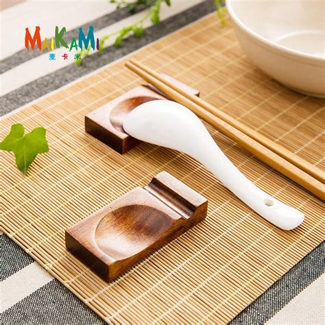 Chopsticks Holder 1pcs japanese style wooden chopsticks holder stand leaves