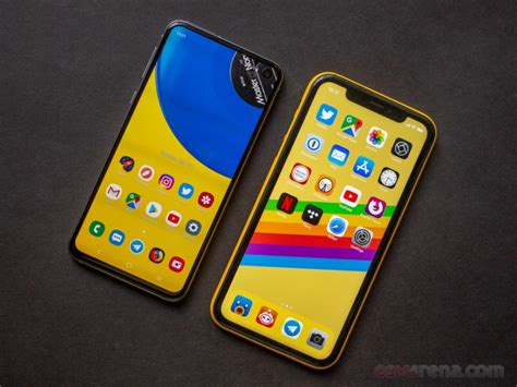 samsung galaxy se  apple iphone xr battery life verdict