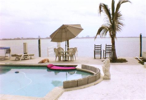 La Rana Furniture by La Rana Furniture Miami Stork Craft Hoop Glider And