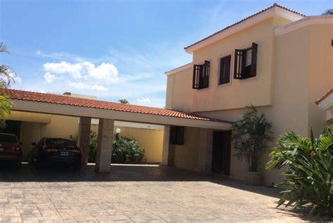 lujosa residencia en fraccionamiento campestre casas en venta en merida casas de yucatan