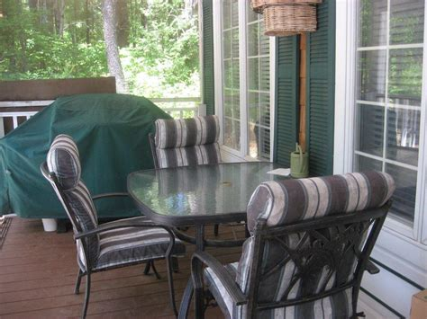Living Floors Chestertown Ny by Adirondack Home In The Woods For Sale Chestertown Ny