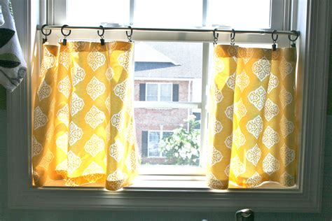 yellow cafe curtains pinspiration monday no sew cafe curtains dream green diy