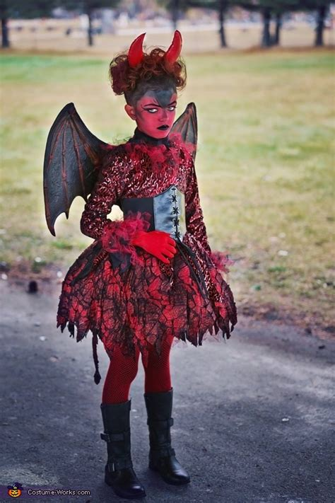 devils costume photo