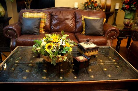 Centerpiece Ideas For Living Room Table Fascinating Living Room With Centerpiece Idea Beautiful Livingroom Centerpiece And Brown