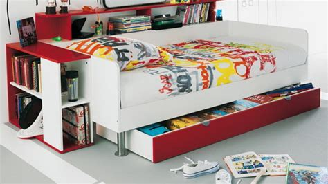 graffiti ideas for bedrooms graffiti decorating ideas for a very cool teen bedroom look stylish eve