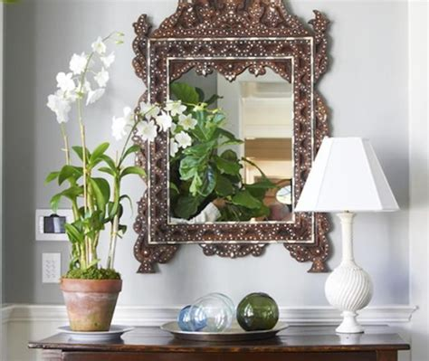 Mirror Facing Front Door Best 25 Entry Mirror Ideas On Entry Table Decorations Entrance Table Decor And