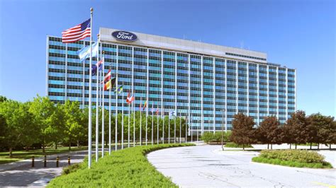 ford headquarters ford confirms new 1 6b plant in mexico 171 cbs detroit