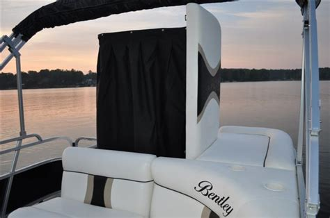 Changing Room For Pontoon Boat by Research 2011 Bentley Pontoon Boats 200 Fish Re On