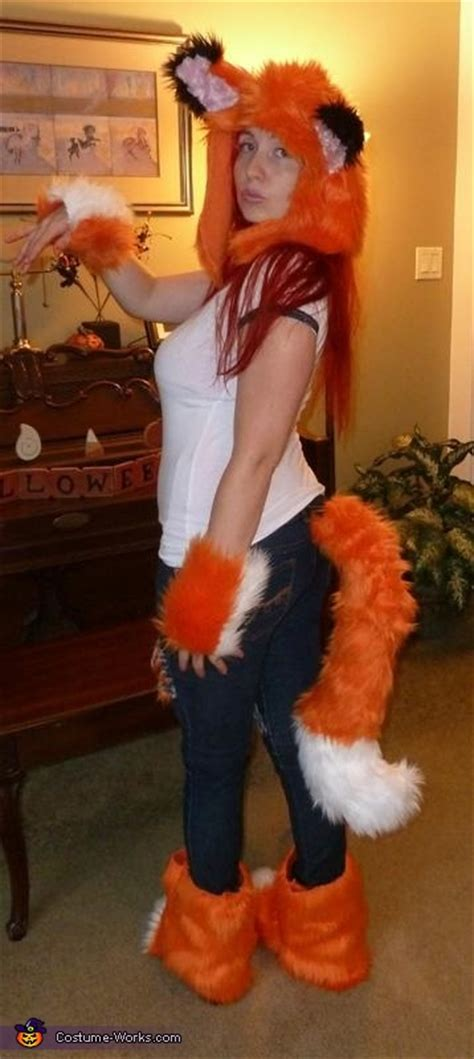 car fox costume photo