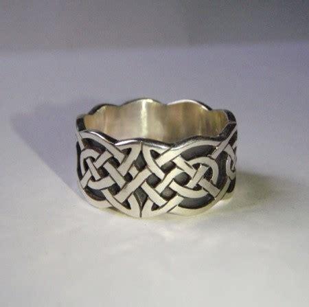Eheringe Keltischer Knoten by Sch 246 Ne Aufwendige Ringe Mit Keltischem Knotenmuster