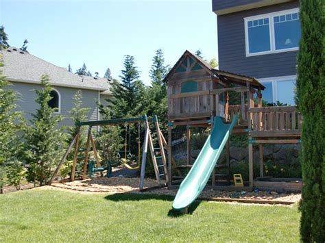 backyard play structures 7 great play structures for the back yard fazzolari