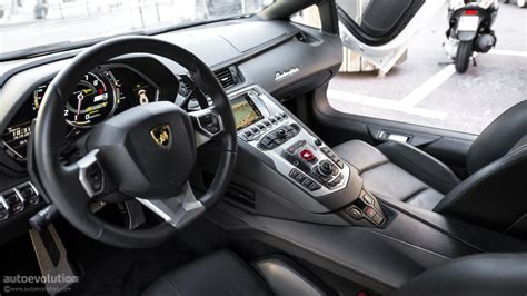 Lamborghini Aventador Interior Features 2018 Lamborghini Aventador Review Design Reviews On New