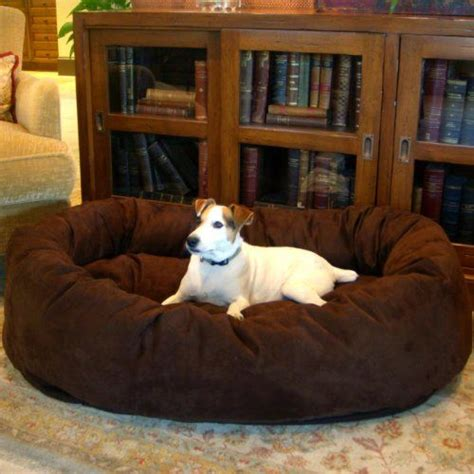 Beds For Large Dogs by 1000 Ideas About Large Beds On Largest
