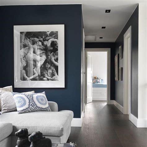 hellblaues hauptschlafzimmer hague blue livingroom tvroom relax hallway bedroom