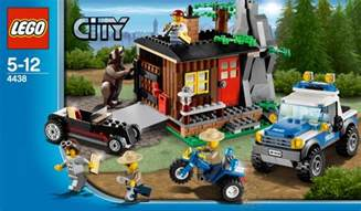 2012 lego city sets bring hillbillies bears forest fires