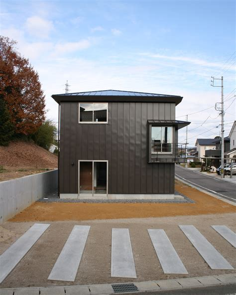 kamo housing kamo house a small family home in gifu by a un architects