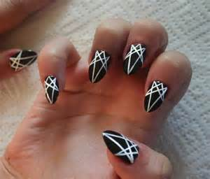 80 amazing black and white nail designs
