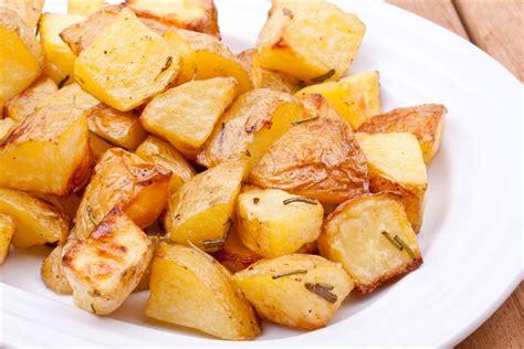 cucinare patate arrosto patate arrosto l idea per preparare e cucinare la