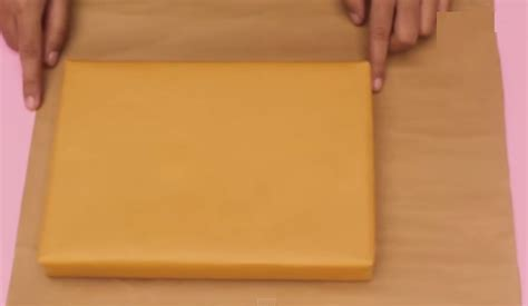 tutorial membungkus kado seperti kemeja cara membungkus kado bentuk baju kemeja unik zonanya 51