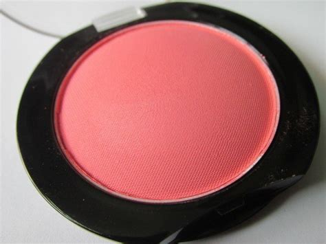 Maybelline Blush On Color Show maybelline color show blush fresh coral review