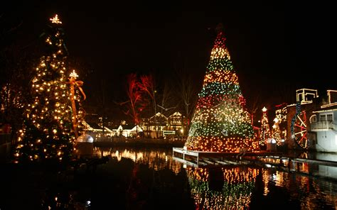 best places in the south christmas in gatlinburg pigeon