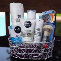 men anniversary gifts on pinterest men gifts gift for father s day gift basket idea gifts for him mens gift