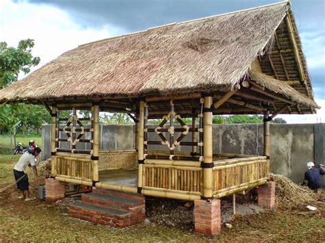 Tenda Anak Kayu desain saung gazebo jasa pembuatan rumah bambu dan kayu