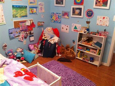 messy teenage bedroom 85 best images about teen bedroom on pinterest day bed