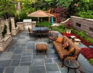 Decorating Ideas For Small Outdoor Patios by Outdoor Patio Backyard Design Ideas For Small Spaces On A