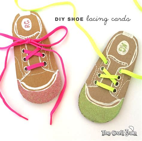 shoe lacing card templates diy shoe lacing cards the craft