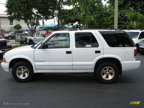 small engine service manuals 1993 chevrolet s10 blazer auto manual summit white 2000 chevrolet blazer trailblazer exterior photo 52091369 gtcarlot com