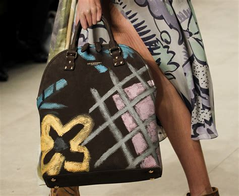 Burberry 2008 Handbags Runway Review by Burberry Fall 2014 Runway Bags 1 For Best Designer