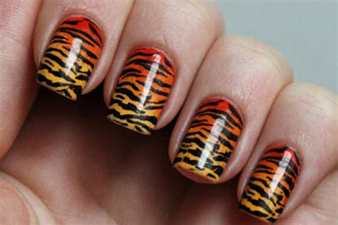 tiger pattern nail art 38 animal print nail art designs godfather style