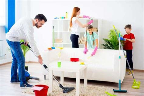 imagenes graciosas limpiando la casa familia limpiando casa vaciados y limpiezas