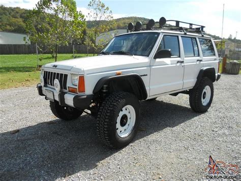 jeep cherokee modified lifted 1989 jeep cherokee limited 4 0l beautifully